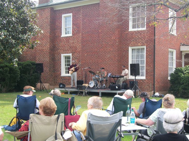 Each fall Reynolds Homestead hosts a series of Jazz on the Lawn concerts.