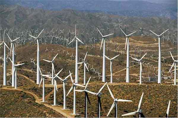 Roscoe, Texas!  World's largest wind farm.  All 627 wind turbines. I must go there!!!!