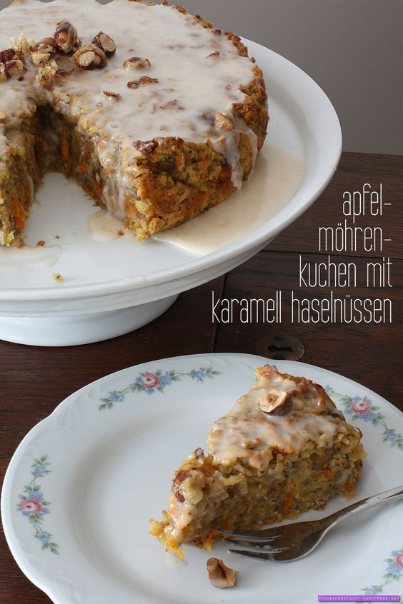 veganer Apfel-Möhren-Kuchen mit KaramellHaselnüssen //  nikesherztanzt