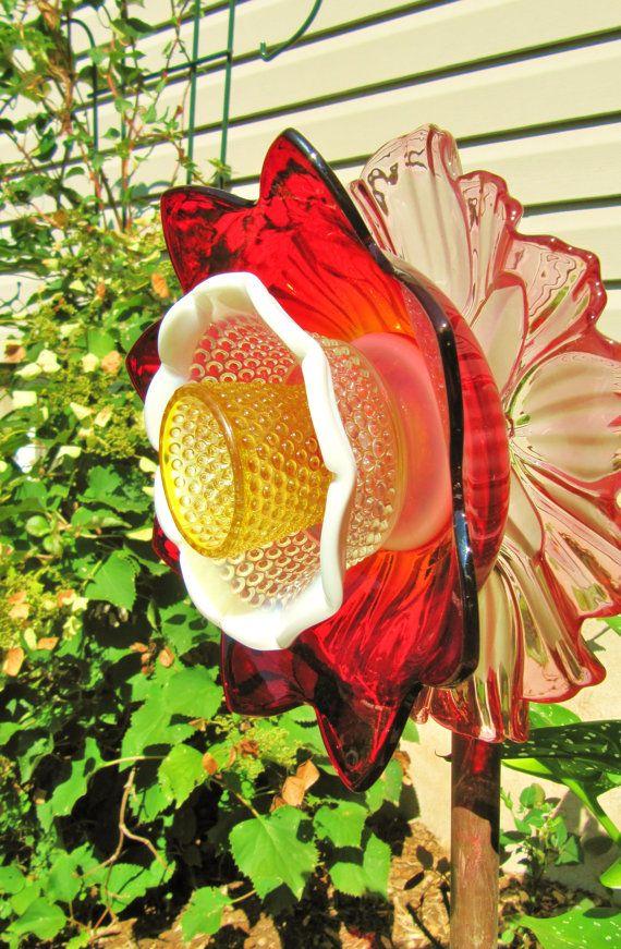 garden art garden gift glass plate flower by Adelicatetouch1, $49.00
