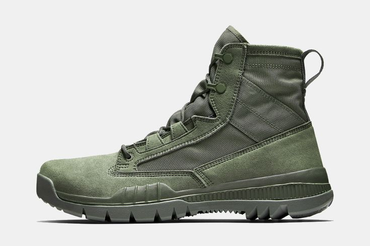 Military-inspired performance boots.