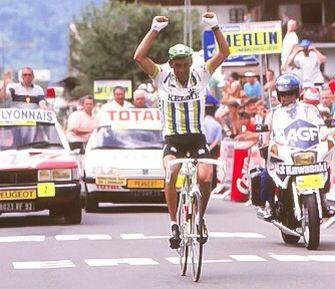 Fabio Parra, ganando una etapa en el Tour D' France
