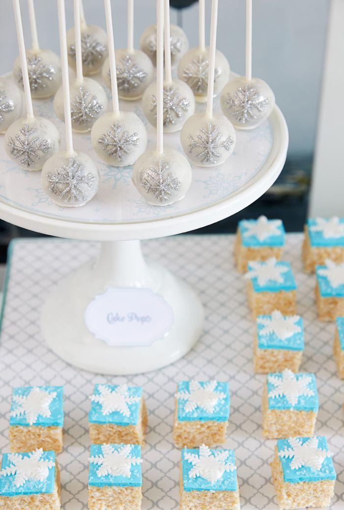 Images Of Frozen Cake Pops : Winter Wonderland Party Frozen cake pops, Snowflakes and ...