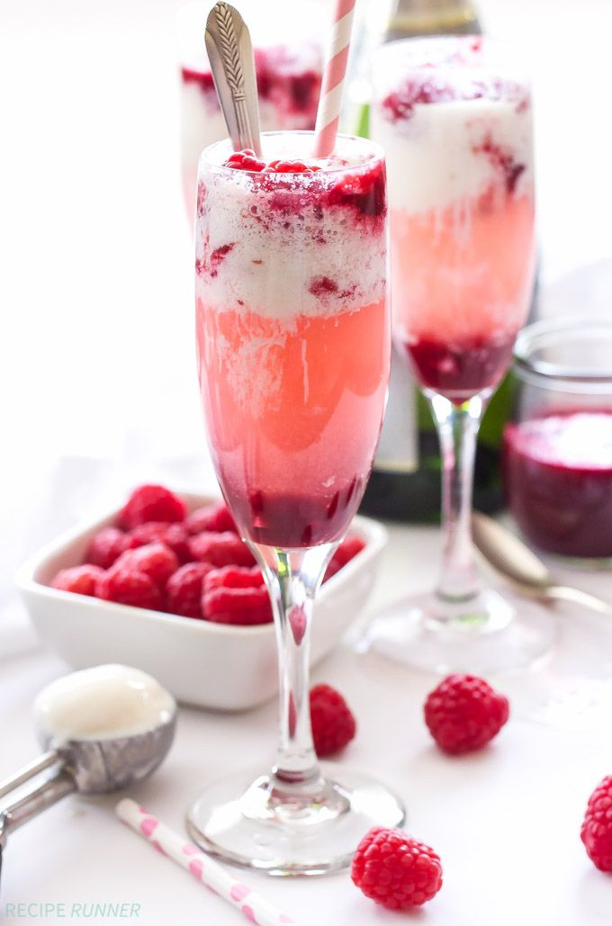 Champagne and Raspberry Ice Cream Floats | Who wants a boring glass of champagne when you can have one of these Champagne and Raspberry Ice Cream Floats instead!