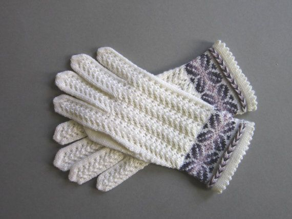 Lace  Hand Knit Wool Gloves by AnitasHandmade on Etsy