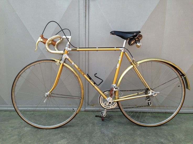 Vintage Italian Bicycle 13