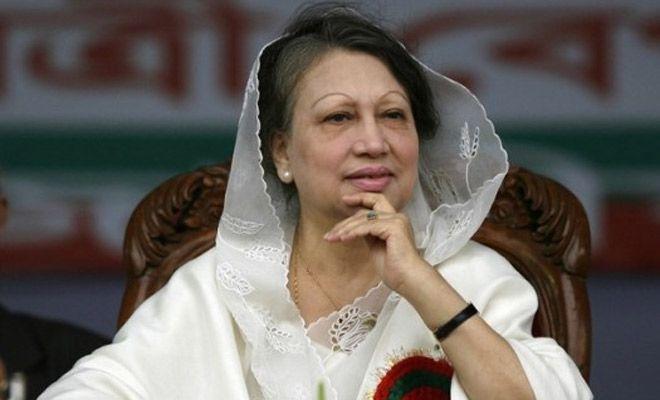 बांग्लादेश की मुख्य विपक्षी नेता व पूर्व प्रधानमंत्री खालिदा जिया को रविवार को सुप्रीम कोर्ट से बड़ा झटका लगा है। अदालत ने भ्रष्टाचार के एक मामले में उनके अभियोग को चुनौती देने वाली अपील को खारिज कर दिया है