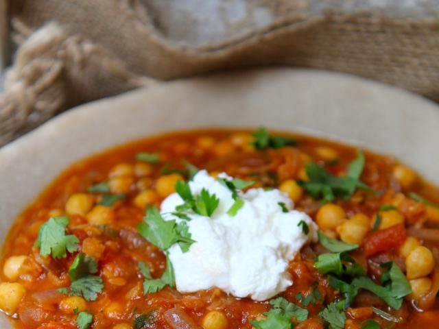 Patrick drakes spiced moroccan lentil and chickpea soup