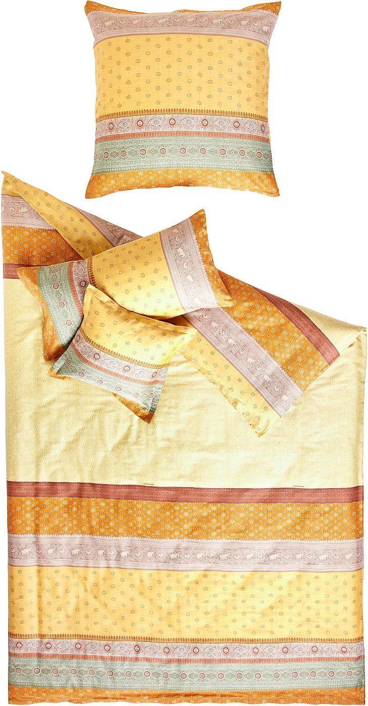 """Hochwertige Bettwäsche """"Cortona"""" der Marke Bassetti aus reiner Baumwolle. Diese Bettwäsche aus der Granfoulard-Kollektion ist fantasievoll, ausdrucksstark und verleiht der Umgebung ein elegantes Flair. Das Motiv besticht durch ein raffiniertes Spiel aus gedruckten Bordüren und Muster, die für indische Saris charakteristisch sind. Lassen Sie sich verzaubern!   Artikeldetails:  Grafische Bettwäsc..."""