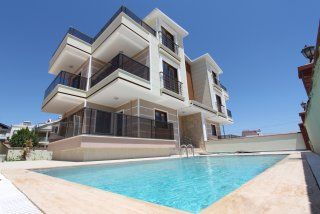 December 2017 - Sun Twin Villas, Altinkum - These lovely modern Semi Detached Villas are built to new 2016 regulations, fully insulated, modern fitted kitchens and bathrooms, a truly lovely build with the European market in mind. Two identical villas, each with private entrance, individual swimming pools with surrounding sun bathing areas and garden areas.