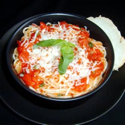 Tomato and Garlic PastaPasta Allrecipes Com, Garlic Vermicelli, Maine Dishes, Cooking Tomatoes, Food Cooking, Healthy Recipe, Pasta Recipe, Healthy Tomatoes, Garlic Mail