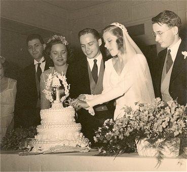 '30's cake cutting