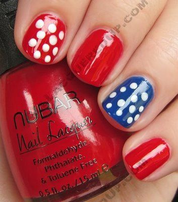 July 4 Nail Design | july 4th fourth manicure polka dot nail art My 4th of July Manicure A ...