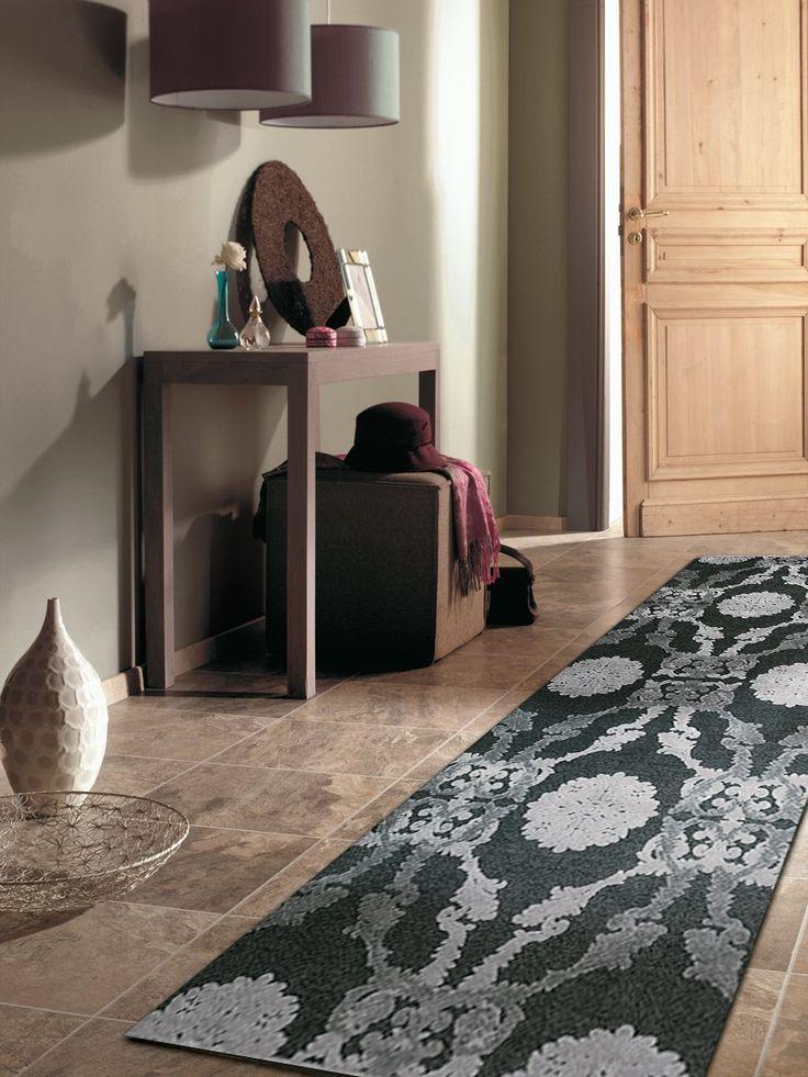 Amazon.com - Contemporary Faux Silk 2ft6in x 7ft8in Area Rug in Ivory -