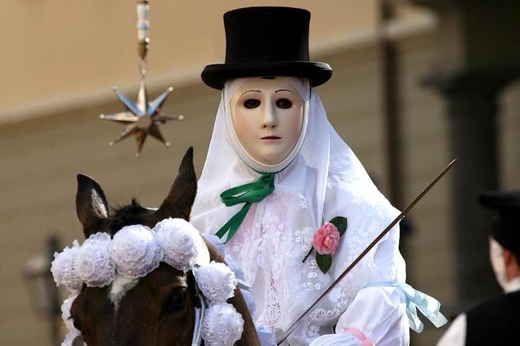 Sa sartiglia. Corsa alla stella, Oristano.  Sardinian carnival.