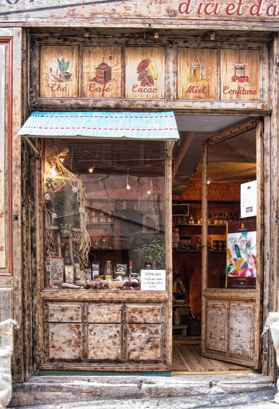 Pretty Provence > Tea and Coffee Shop