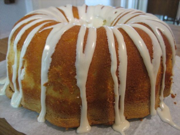 Elvis Presley's Favorite Whipping Cream Pound Cake | Recipe