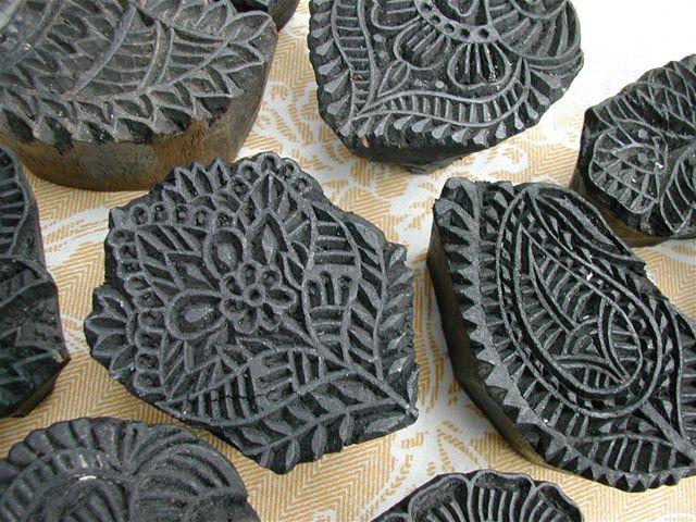 Zahia blog : Lot bijzonder mooie textielstempels uit India(of zelf snijden van linoleum)