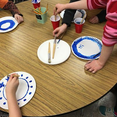"""Create """"porcelain plates"""" to study the arts and pottery of Ancient China!"""