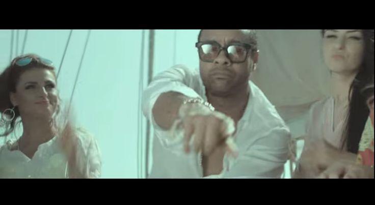 """Mr. Lover Lover Shaggy ist zurück! Vor 22 Jahren feierte er seinen ersten großen Erfolg mit seiner Version des jamaikanischen Klassikers """"Oh Carolina"""", gefolgt von dem Song Boombastic der seinen internationalen Durchbruch ebnete. In den letzten Jahren ist es eher… Continue Reading →"""