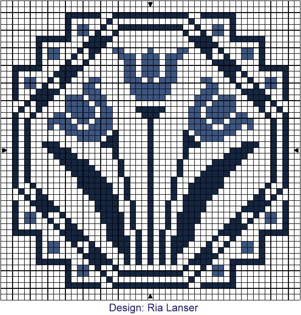 Delft Blue tile - Tulips - using Mill Hill Antique GLASS SEED BEADS (03027 Caspian Blue? or lighter)