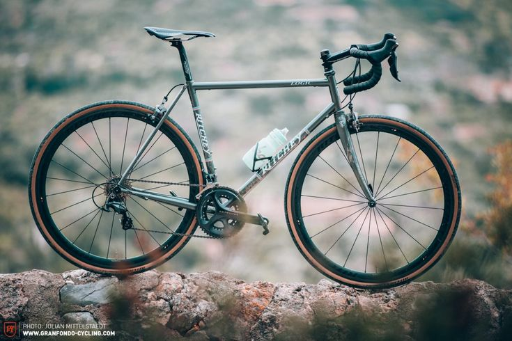 Ritchey Road Logic review – Cowboys on modern steel stallions | GRAN FONDO Cycling Magazine