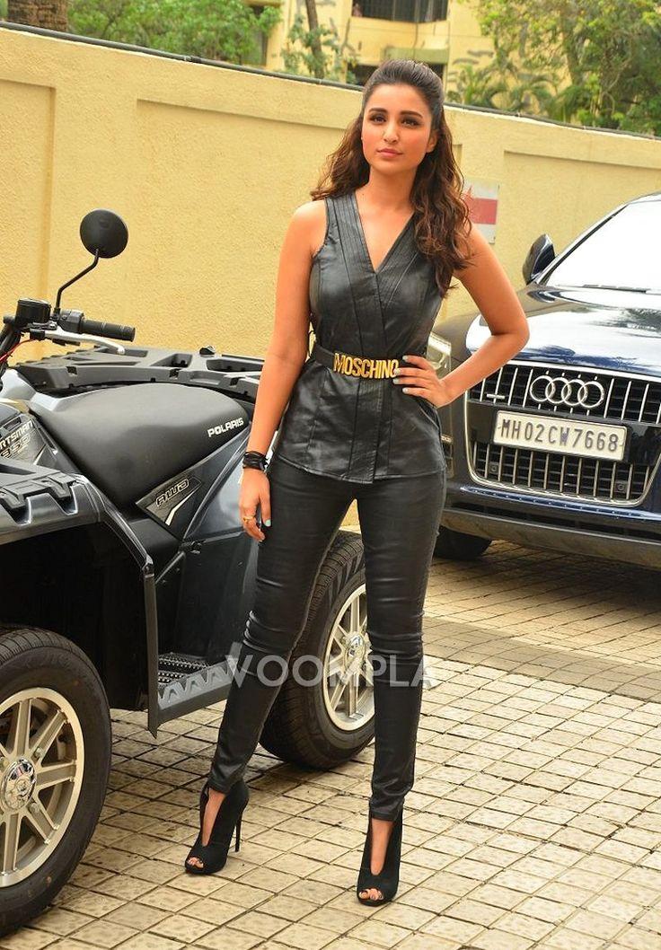 Parineeti Chopra's sizzling look in all black! via Voompla.com