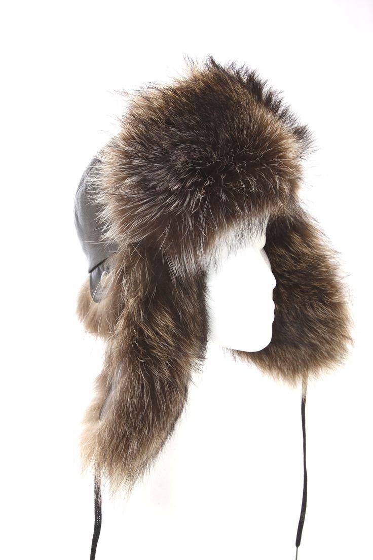 Chapeau aviateur en chat sauvage naturel / Aviator hat made form natural raccoon