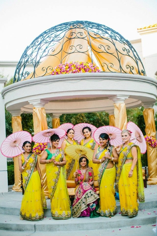 #BridesMaids #bridesmaidsdresses #Beautiful #Bollywood #Style #Indian #wedding #bride #marriage #shadi #india #RED #dulhan #yellow