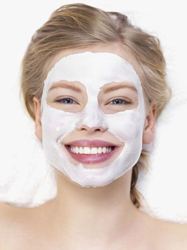 Get Flawless Skin! When you're stressed, skin can look red and blotchy—combat ruddiness with mashed bananas, which contain vitamins A and E that are great for treating flakiness and toning down redness. The heavy cream in this mask also contains elastin, which will leave your skin feeling soft & supple. 1 Banana mashed well 2 Tbsp heavy cream 1.5 Tbsp honey 1.5 Tbsp flour 1 Tbsp water