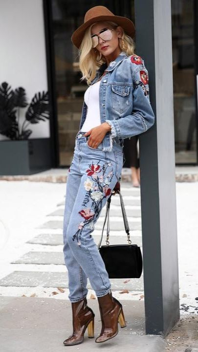 Sporty Clothes, Sporty Outfits, Casual Jeans, Casual Chic, Denim Fashion, Fashion Outfits, Womens Fashion, Denim Outfit For Women, Hippie Chic