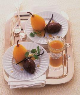 Gewürz-Schoko-Mousse mit Birne