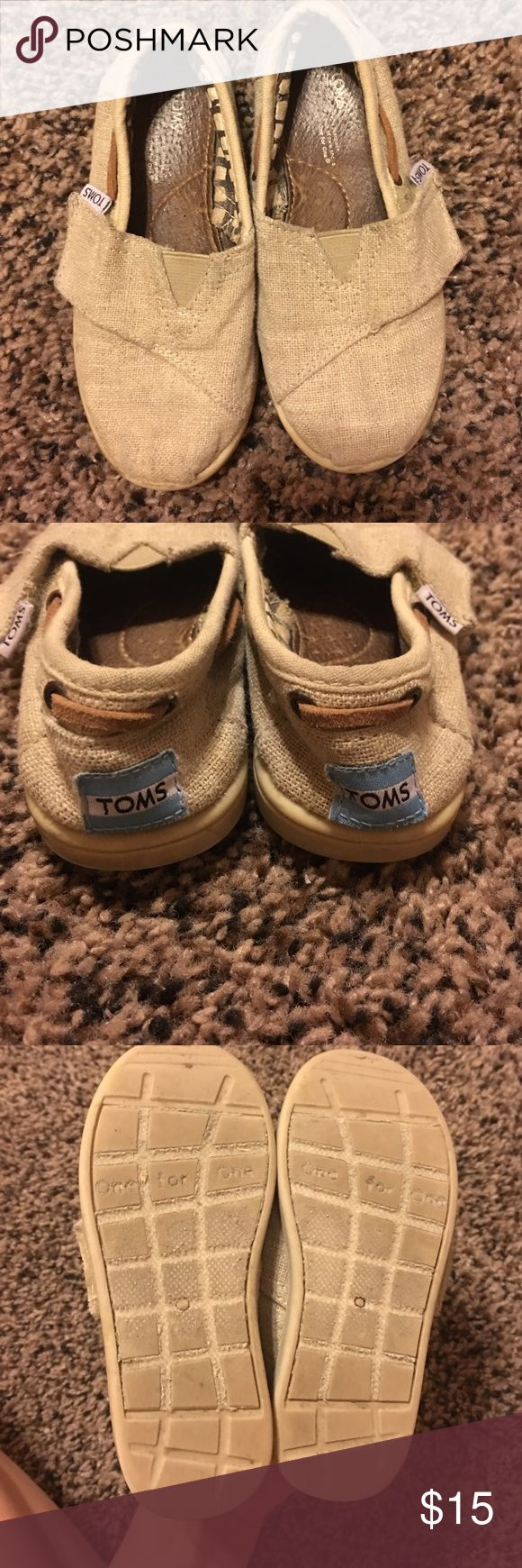 Toddler burlap TOMS size 9 A little dirty but no other flaws TOMS Shoes Dress Shoes