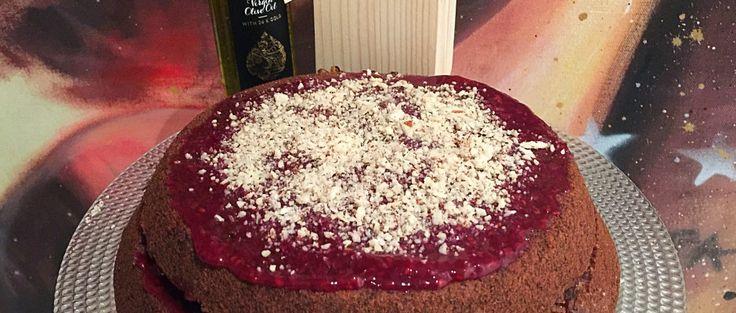 La Torta all'Olio e Grano Saraceno Senza Burro, un dolce senza lattosio semplice sano e goloso. Un impasto soffice ricco di marmellata ai frutti di bosco!