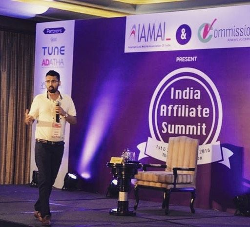 Moment from my session @ #IAS16 #affiliatemarketing #affiliate #theleela Pic credit @sharatnik