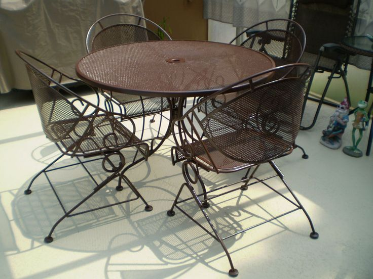 17 best images about lost and found on pinterest metal for Black wrought iron chaise lounge