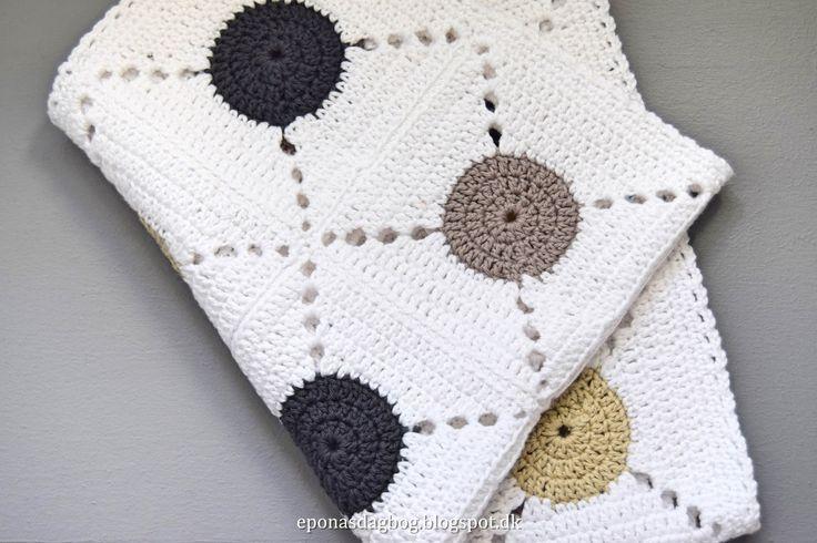 Opskrift på smukt hæklet køkken håndklæde i ren bomuld