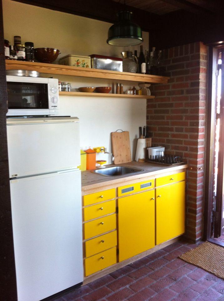 Retro sommerhus køkken.