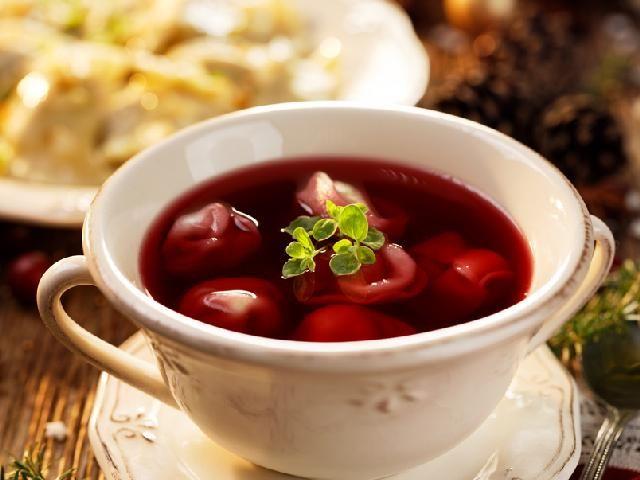 Barszcz Wigilijny Przepis Wedlug Magdy Gessler Food Soup Recipes Recipes
