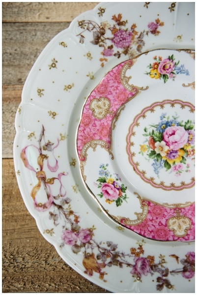 Vintage mismatched china plates & 193 best Vintage dishes images on Pinterest | Vintage dishes ...