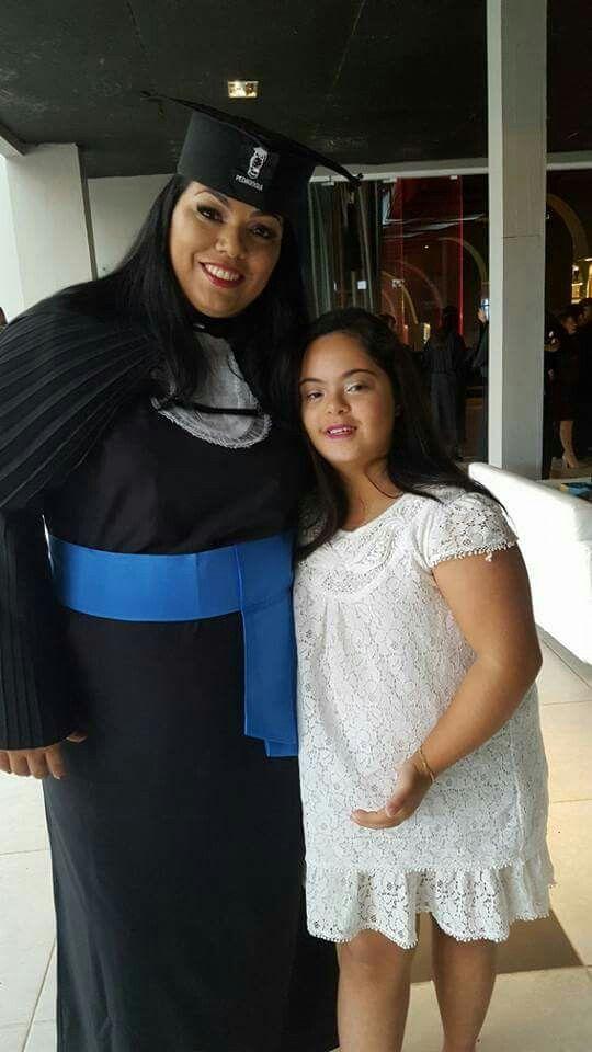 Leidyane e sua Filha Alana - Recepcionando amigos em casa - Porto Belo - 16/Set /2017