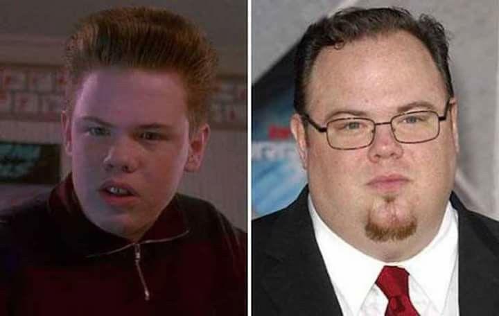 El cambio del hermano de Kevin de Mi pobre angelito (Solo en casa), Buzz McAllister. El nombre del actor es Devin Ratray