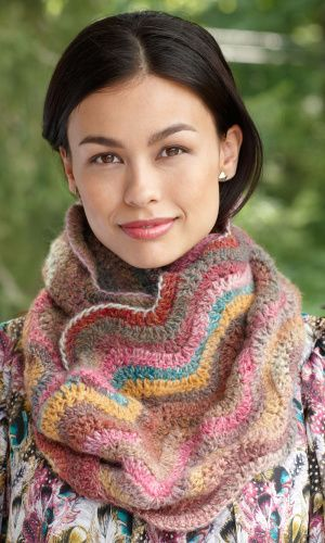 Candy Color Ripple Cowl: Cowl Patterns, Candy Colors, Lion Branding Yarns, Yarns Colors, Colors Ripple, Crochet Free Patterns, Crochet Patterns, Crochet Cowls Patterns, Ripple Cowls