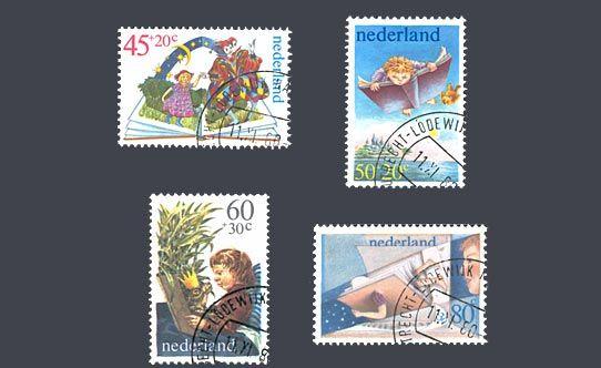 """De kinderpostzegels uit 1980 met het thema """"Kind en boek"""". Ontwerp: L. Postma (45c), Kossen (50c), P. Vos (60c), T. Eyzenbach (80c)"""
