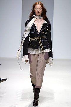 Marni Fall 2002 Ready-to-Wear Fashion Show - Maggie Rizer, Consuelo Castiglioni