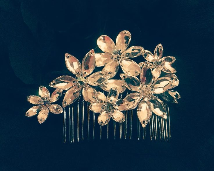 Handmade Swarovski bridal hair comb Wedding accessories