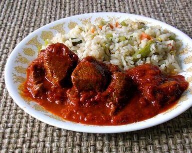 La salsa de chile guajillo normalmente pica muy poco