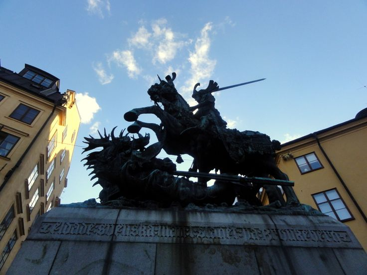 Travel & Lifestyle Diaries: Statue of Saint George and the Dragon in Gamla Stan, Stockholm