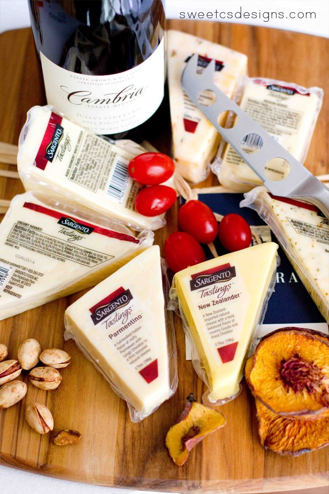 Great tips on how to throw a fabulous cheese tasting party- what to pair with different types of cheese and what types of drinks to serve! #ad