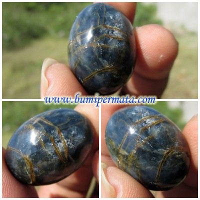 Artikel Batu Blue Opal Serat Emas Artikel Batu Blue Opal Serat Emas Dari beragam jenis batu yang beredar di Indonesia, ada satu jenis batu berkualitas yang